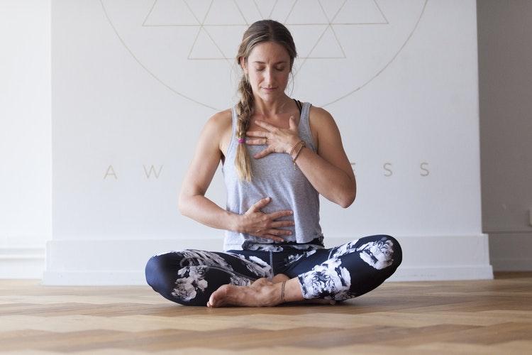 Йога практики и упражнение при артритни заболявания